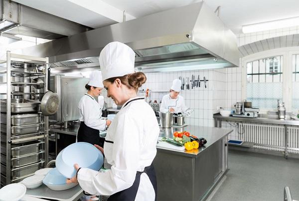 Nên bảo quản thiết bị nhà bếp bằng thép không gỉ như thế nào